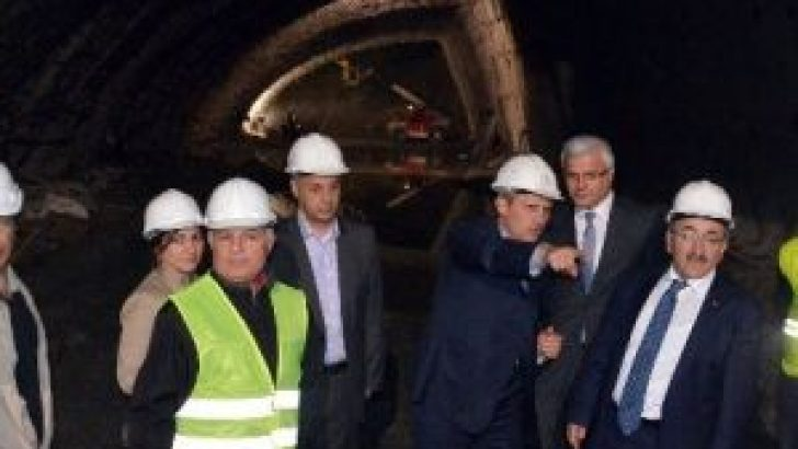Karayolları Genel Müdürü Turan Ve Başkan Gümrükçüoğlu Kanuni Bulvarı'nı İnceledi