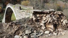 300 yıllık köprü hasar gördü