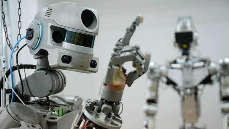 Rusya'nın insansı robotu bir buçuk hafta uzayda kalacak