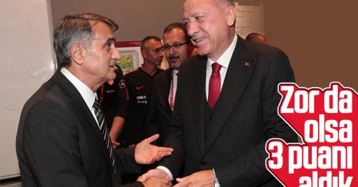 Erdoğan, Milli Takım'ı soyunma odasında kutladı